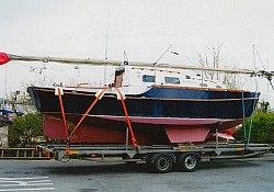 Kinsman, a Bilge kieler loaded in Conwy, North Wales for transport to Southampton and the proud new owner travelled with it.
